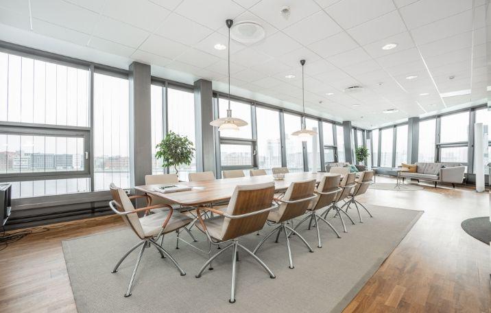 Kontorlejemål på Kalvebod Brygge i København V med havudsigt