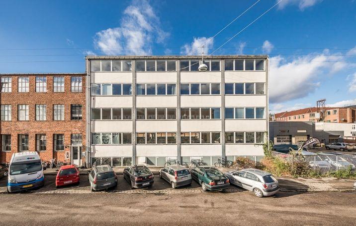 306 m² kontor i København NV