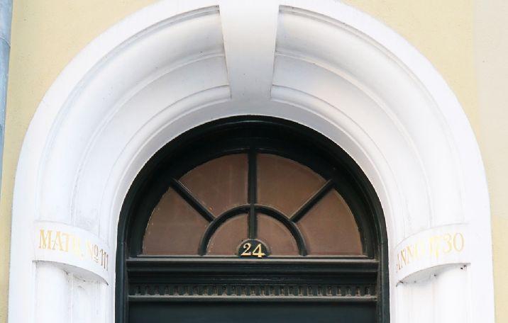 Knabrostræde 24